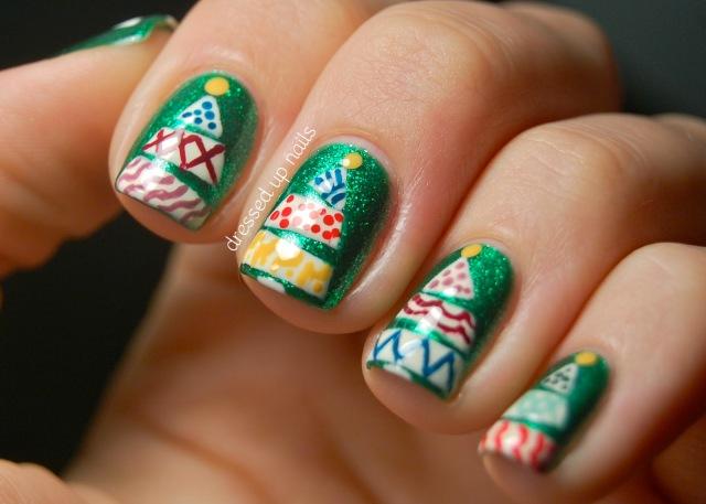 funky-christmas-tree-nail-art-china-glaze-running-in-circles-5