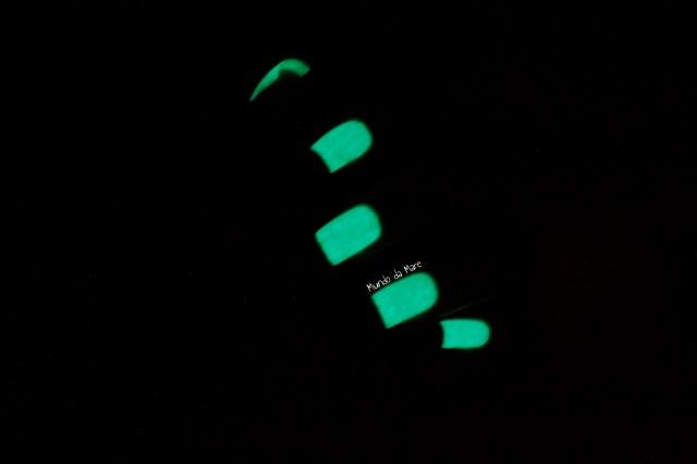 glow in the dark nail polish 6