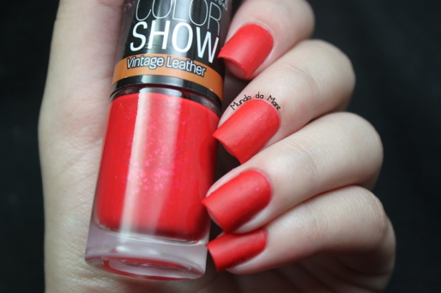 red-grained-maybelline-color-show-03