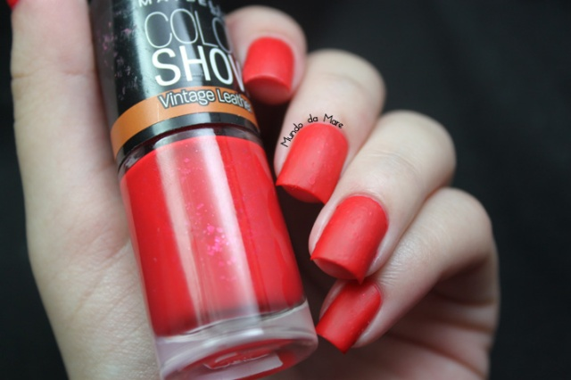 red-grained-maybelline-color-show-04