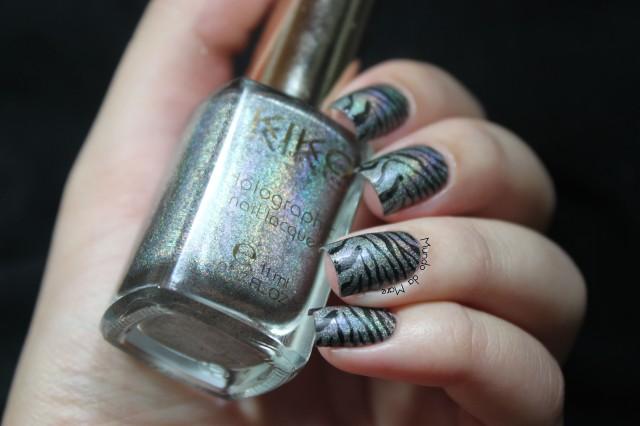 zebrinha-holográfica-02