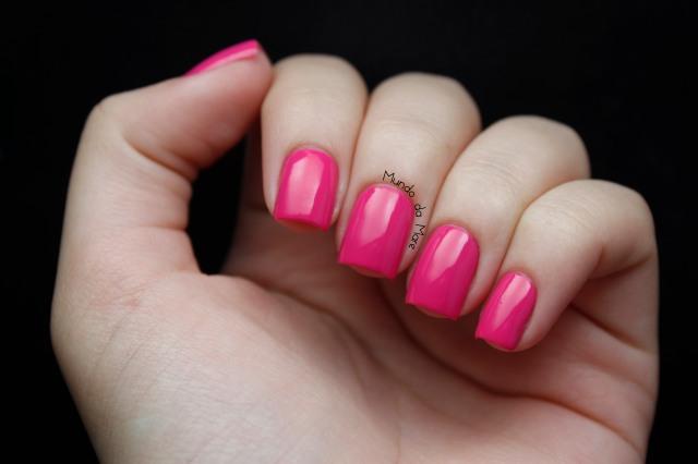 viva-pink-avon-nailwear-pro-01