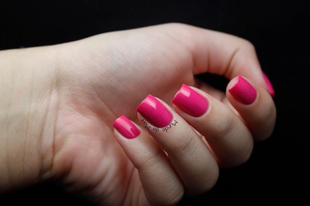 viva-pink-avon-nailwear-pro-02
