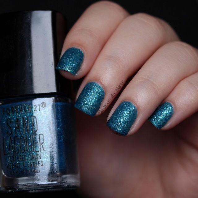 blue-jewel-sand-lacquer-forever-21-03